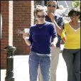 """Jennifer Garner, toute mignonne, se balade à Boston, non loin du tournage de son mari Ben Affleck. """