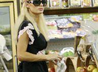"""Paris Hilton fait son marché... """"presque"""" incognito !"""
