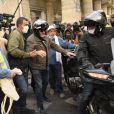 Jean-Marie Bigard le 12 septembre 2020 à Paris pendant la manifestation des gilets jaunes.