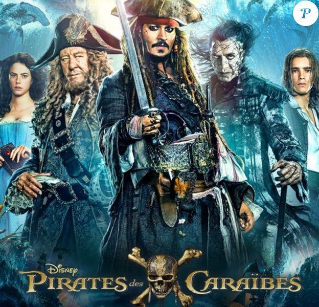 """Affiche de """"Pirates des Caraïbes : la revanche de Salazar"""""""