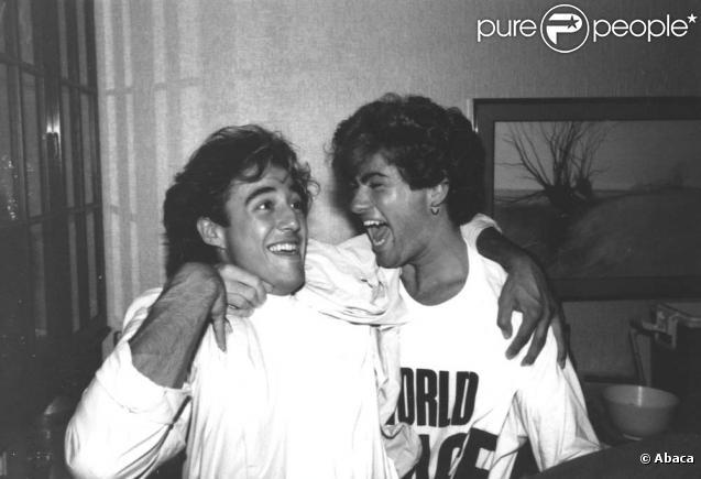 Andrew Ridgeley et George Michael du groupe Wham ! dans les années 80