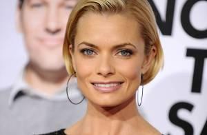 Jamie Pressly : Quand la plus sexy des blondes se marie... elle est ravissante !