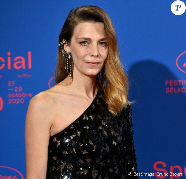 Céline Sallette, actrice, membre du jury - Soirée d'ouverture du Festival de Cannes 2020 au Palais des Festivals, à Cannes. © Bruno Bebert/Bestimage