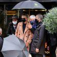 Exclusif - Laeticia Hallyday est allée déjeuner à l'Atelier Robuchon à Paris avec son avocat Maître Gilles Gauer et Barbara Uzan, comptable de Born Rocker USA le 28 octobre 2020.