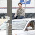 Tom Cruise fait une cascade sur le tournage de son film Wichita (2 octobre 2009)