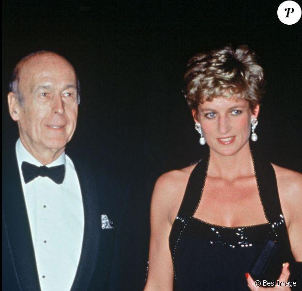 Valéry Giscard d'Estaing et Lady Di à Versailles