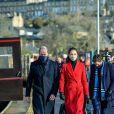 Kate Catherine Middleton, duchesse de Cambridge, et le prince William, duc de Cambridge, arrivent à la gare de Bath, avant de se rendre dans un centre de soins pour rendre hommage aux efforts du personnel des foyers de soins tout au long de la pandémie de COVID-19, au 3ème jour de leur déplacement au Pays de Galles. Le 8 décembre 2020