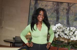 Miss Dominique toujours aussi mince... déborde de bonne humeur !