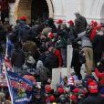 Des manifestants d'extrême droite partisans de Donald Trump tentent un coup d'État en envahissant le Capitole, le 6 janvier 2021, lors de l'officialisation de la victoire du président élu démocrate Joe Biden.  @Chris Kleponis/SPUS/ABACAPRESS.COM