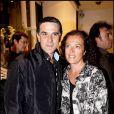Tex et sa femme, à l'occasion des 32 ans de la marque de haute-fourrure Sam-Rone, au Sam-Rone's Space, à Paris, le 14 octobre 2009 !