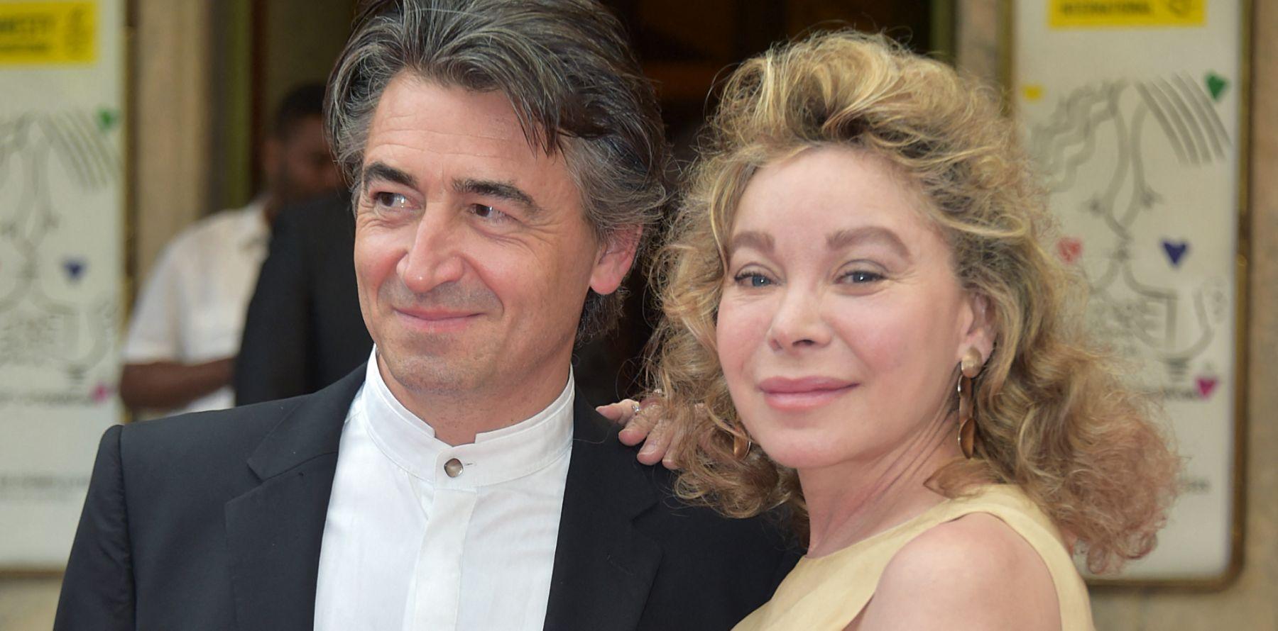 """Grace de Capitani dénonce son ex-mari vénal : """"Il a failli me briser totalement !"""""""