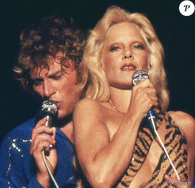 Archives - Johnny Hallyday et Sylvie Vartan dans les Arènes de Béziers.