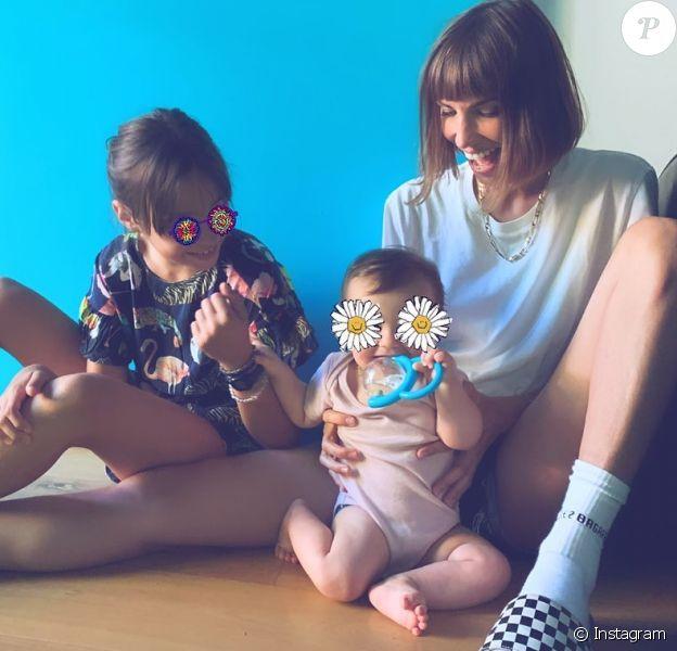 Alexandra Rosenfeld et ses filles Jim et Ava sur Instagram.