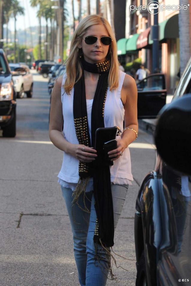 Sarah Michelle Gellar le 15 octobre dans les rues de Beverly Hills !
