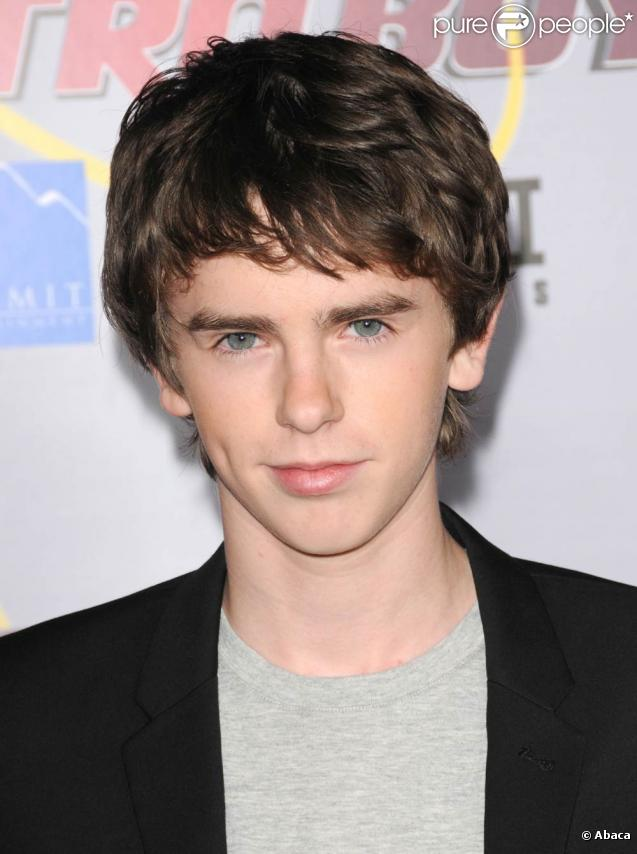 1000 images about freddie highmore on pinterest. Black Bedroom Furniture Sets. Home Design Ideas