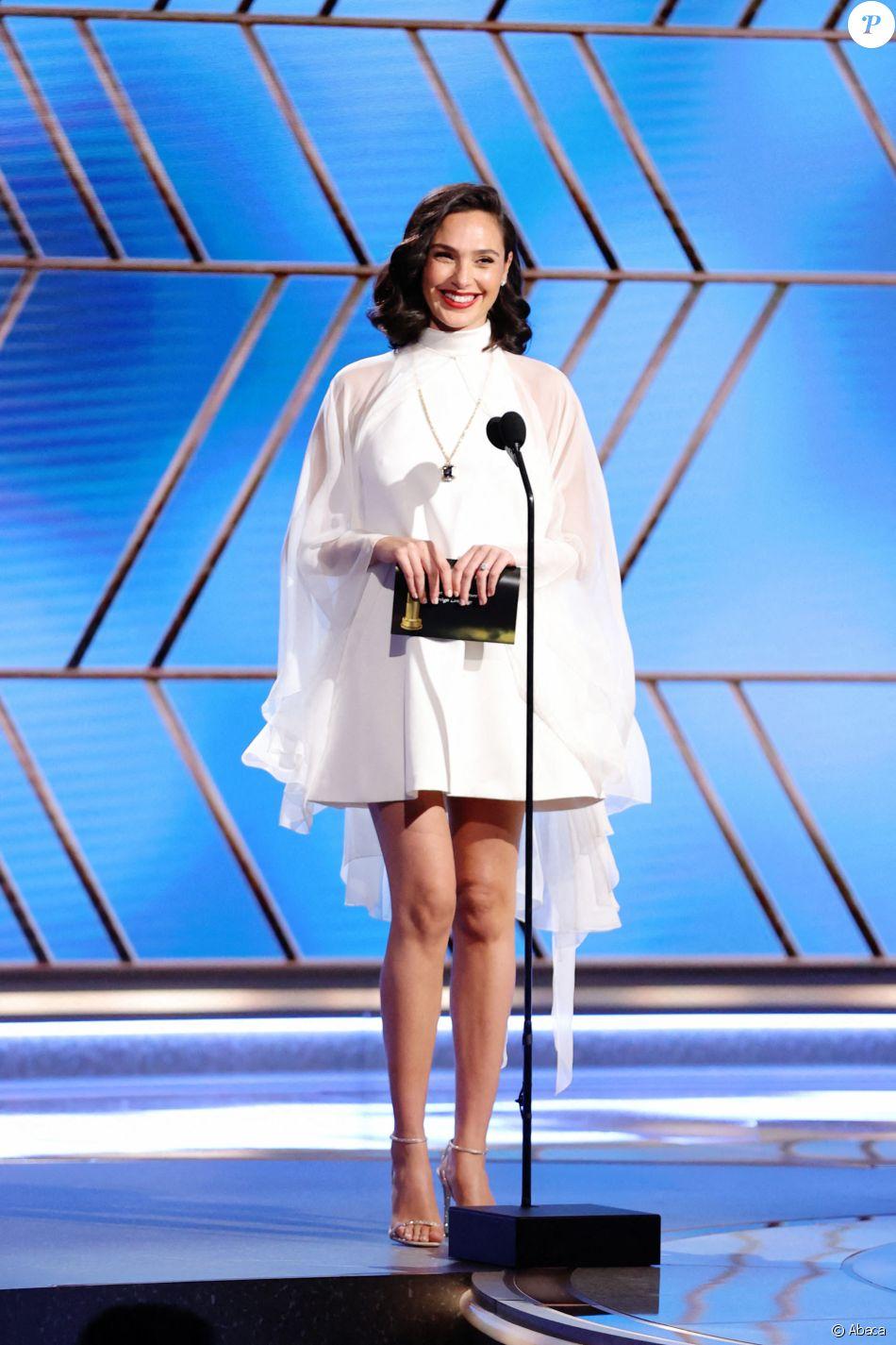 Gal Gadot lors de la 78ème cérémonie des Golden Globes au Rockefeller Center à New York le 28 février 2021.