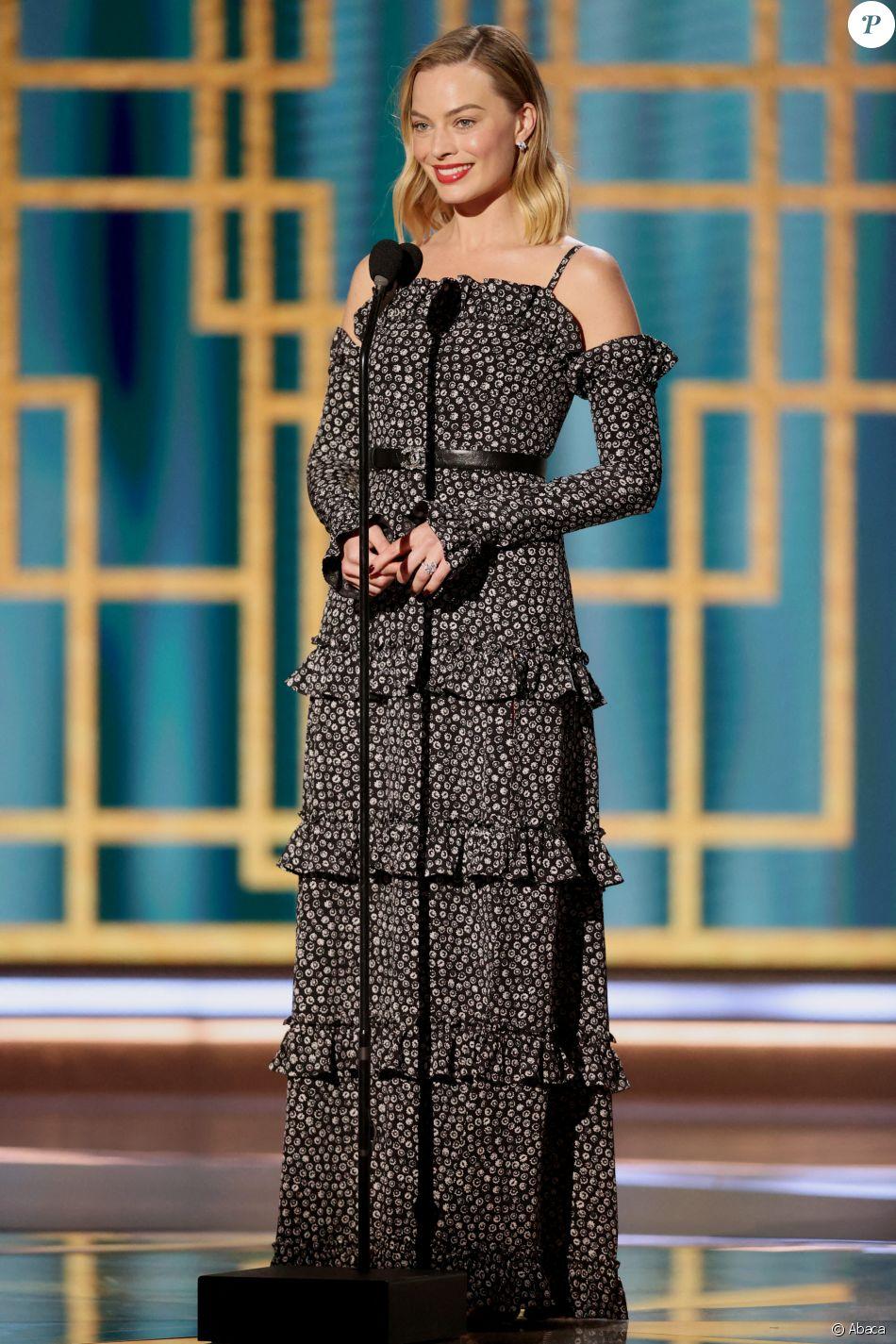 Margot Robbie assiste à la 78ème cérémonie des Golden Globes au Rockefeller Center à New York