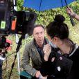 """Exclusif - Stéphane Bern tient son premier rôle devant la caméra dans le téléfilm de France 3 """"La Mort vue du ciel"""" à Châteauneuf-sur-Charente. Le 17 août 2020."""