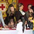 Letizia d'Espagne à Madrid pour la journée de la Croix Rouge le 28/10/09