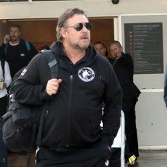 Exclusif - Russell Crowe arrive à l'aéroport Kingsford-Smith de Sydney, Australie, le 19 août 2019.