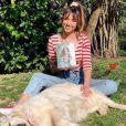 """Delphine Wespiser et son nouvel ouvrage, """"Devenir pleinement et sereinement soi"""", sur Instagram. Le 4 avril 2021."""