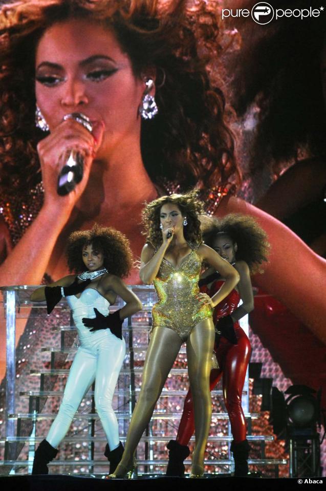 beyonce single ladies stade de france Sa tournée continuera en europe cet été, passant notamment par le stade de france à paris lors de son concert au marlins park, plus de 30 000 fans sont venus l'acclamer lors de la chanson single ladies, la chanteuse a fait monter deux chanceuses sur scène pour danser avec elles visiblement très.