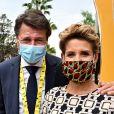 Christian Estrosi, le maire de Nice, et sa femme Laura Tenoudji Estrosi durant le 1er jour du Tour de France à Nice. Un tour de France placé sous des mesures sanitaires strictes en période de COVID-19. © Bruno Bebert / Bestimage