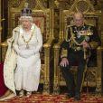 La reine Elisabeth II d'Angleterre et le prince Philip, duc d'Edimbourg - La famille royale d'Angleterre lors de la cérémonie d'ouverture du parlement à Londres. Le 27 mai 2015