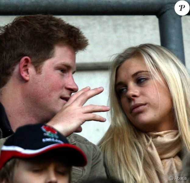 Le prince Harry et Chelsy Davy, c'est reparti ! Ils ont assisté ensemble à un match de rugby le 7 novembre 2009...