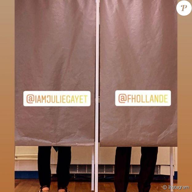 François Hollande et Julie Gayet en train de voter à Tulle, dimanche 27 juin 2021.