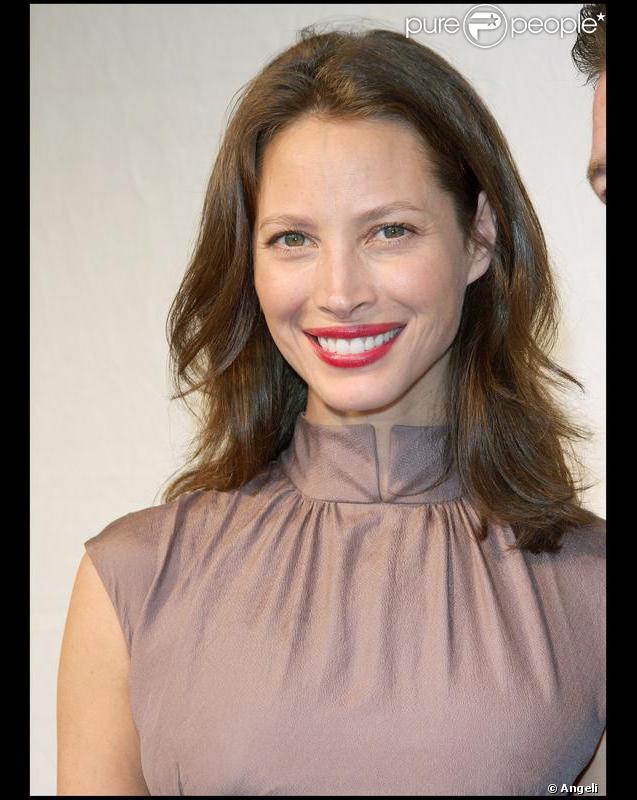 Christy Turlington - Wallpapers