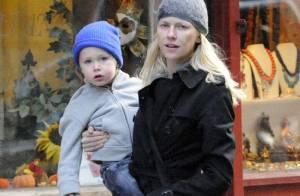 Naomi Watts et Liev Schreiber bravent le froid avec leurs deux adorables... petites têtes blondes !