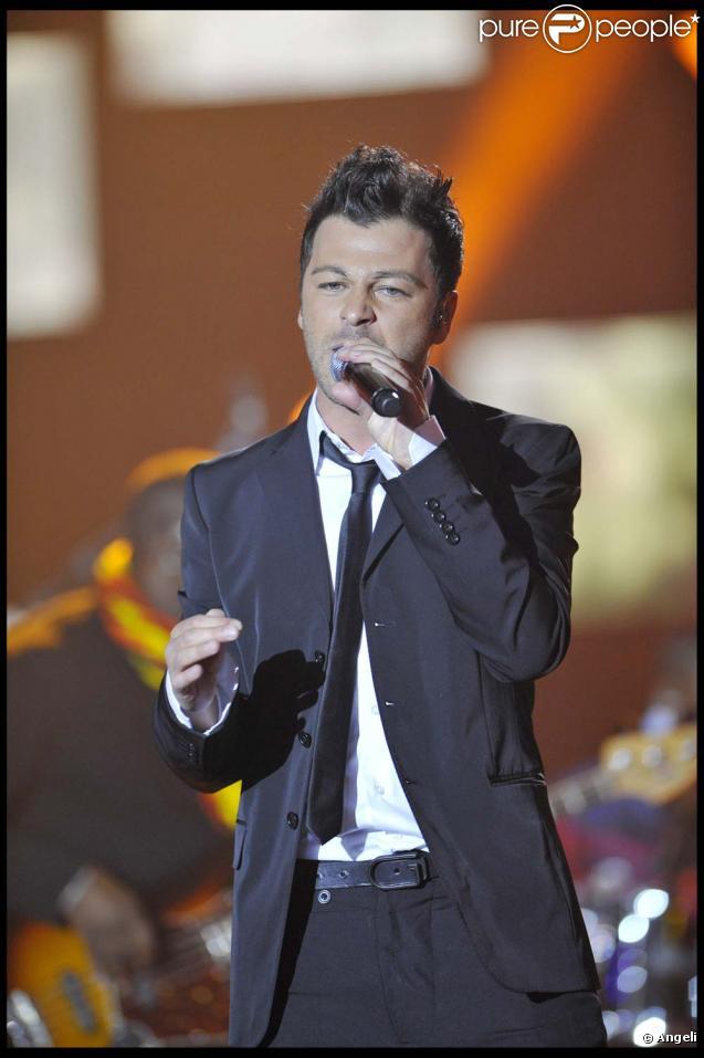 Christophe Maé sortira son nouvel album l'année prochaine. Le single  Dingue, dingue, dingue , diponible le 7 décembre 2009.