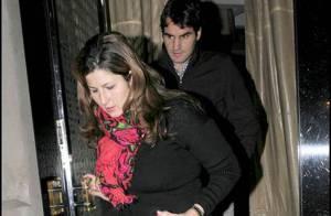 Depuis sa défaite au Masters, Roger Federer est triste... et même sa femme ne lui arrache aucun sourire !