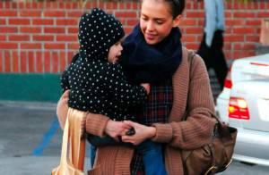 Jessica Alba et Honor : Elles bravent le froid.... avec le sourire !