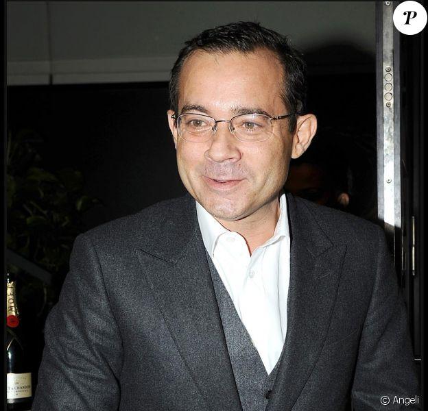 Jean-Luc Delarue est désormais l'heureux propriétaire de la carte Air France Club 2000. De quoi le réconcilier avec les avions !