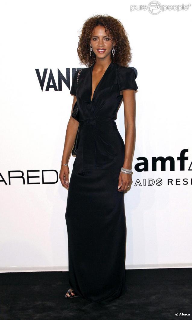 Noémie Lenoir, recrutée par Usher pour figurer dans son dernier clip.