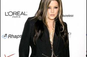 Lisa Marie Presley, libérée des accusations de l'ex-nourrice de ses jumelles, reste très en colère !