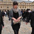 Milla Jovovitch au défilé Louis Vuitton