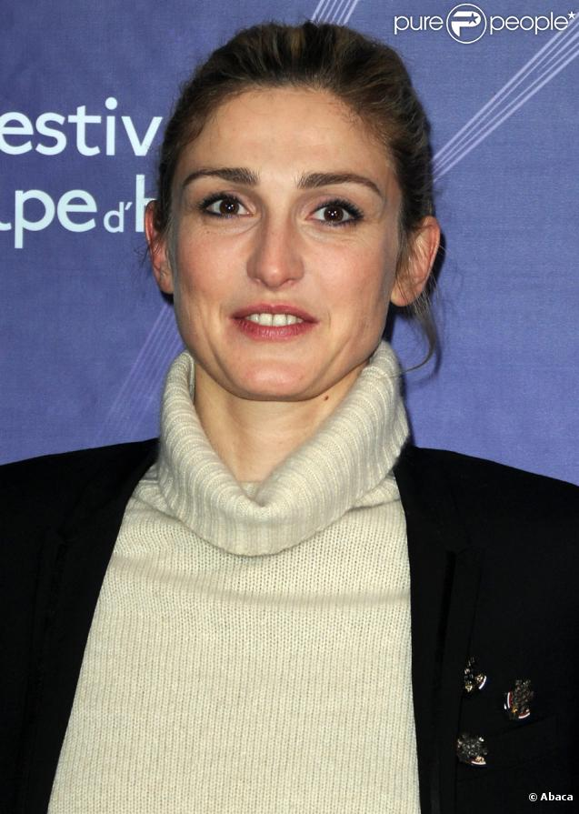 Julie Gayet - New Photos
