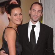 Joseph Fiennes est un menteur... Sa femme est bien enceinte !