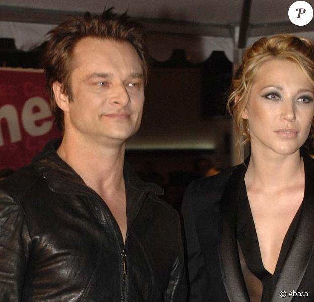 David Hallyday et Laura Smet sur les marches de Cannes, pour les NRJ Music Awards, le 23 janvier 2010 !