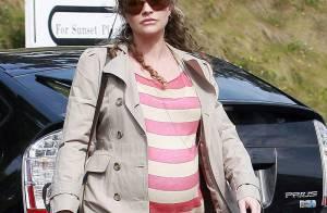 Rebecca Gayheart : Délaissée par son mari le docteur Glamour, elle voit la grossesse en rose... et en rayures !