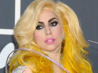 Lady GaGa : En body sexy, en robe étincelante, en éclair humain... elle sort le grand jeu !