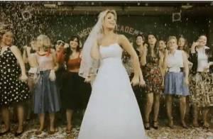 Quand la déjantée Charlotte Marin se marie, regardez, c'est le plus beau jour de sa vie !