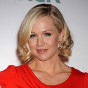 Jennie Garth : libérée de sa série, elle est... plus séductrice que jamais !