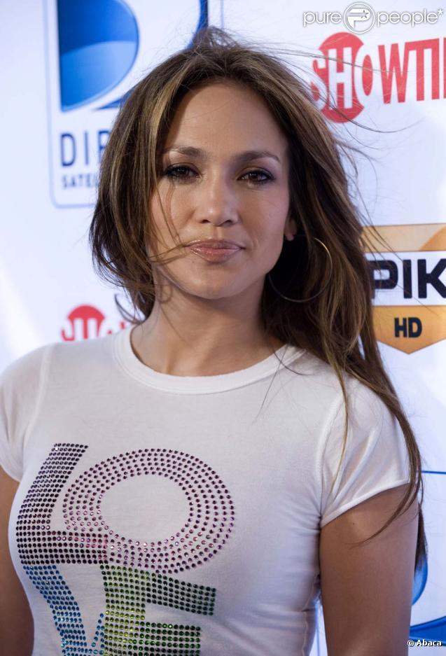 Jennifer Lopez se sépare de sa maison de disques, le 22 février 2010 !