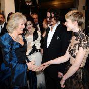 Le prince Charles et Camilla Parker Bowles sous le charme de Johnny Depp !