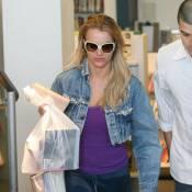 Britney Spears joue l'intello : redevenue blonde, elle ne quitte pas ses livres !