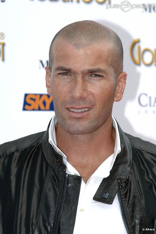 Zinedine Zidane pourrait jouer pour les victimes de Xynthia